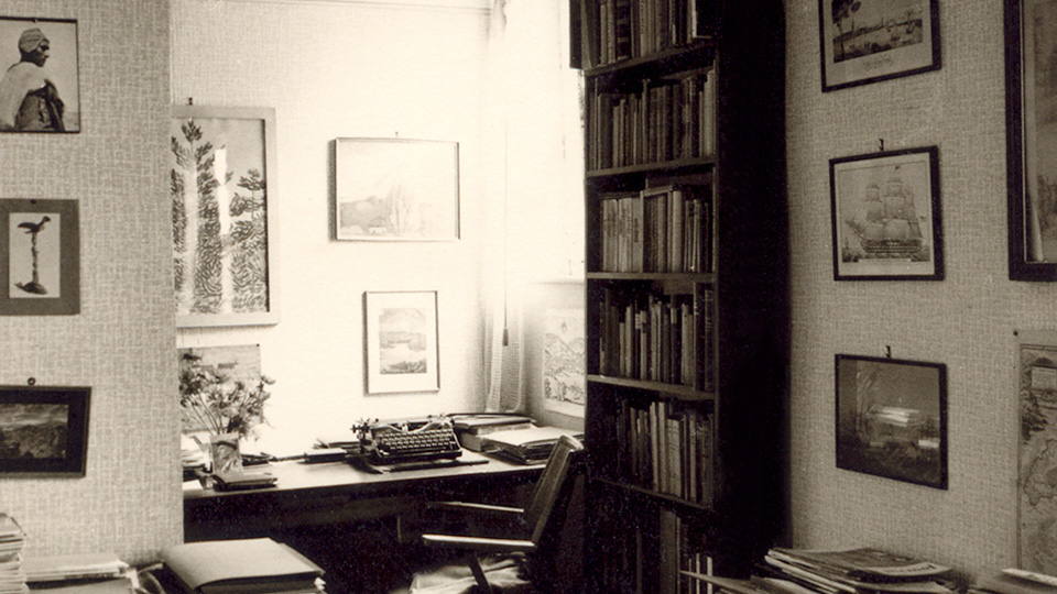 Jürgen von der Wense's Desk, Göttingen, Germany, 1966. Photograph from the archive of Heddy Esche.